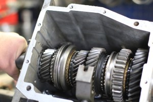 Automatic-Transmission-Repair-opened-gear-box2